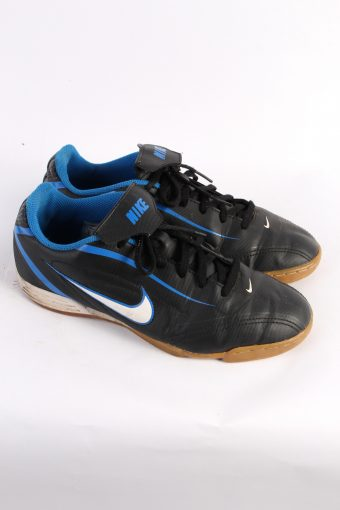 Nike Vintage Trainers – Size – UK 5.5