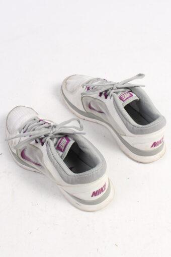 Nike Training Sneakers Vintage – UK 5.5 White