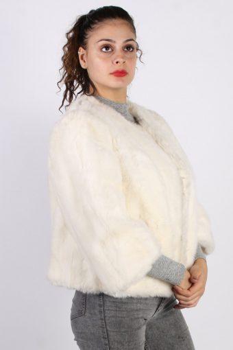 Vintage Other Brands Fake Fur Coat Bust: 40 White -C659-57043