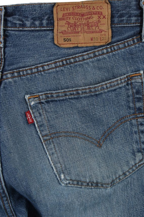Vintage Levi's 501 Red label Ripped Faded Unisex Jeans W32 L32 Blue J3300-85086