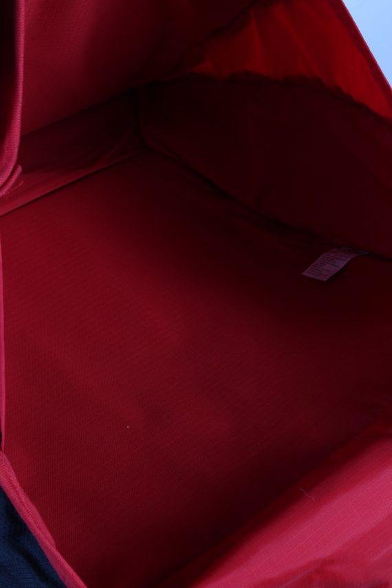 Vintage Eastpak Shoulder Messenger Bag Red BG842-113765