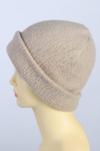 Vintage 1970s Fashion Womens Knit Beanie Hat Cream HAT1289-125672