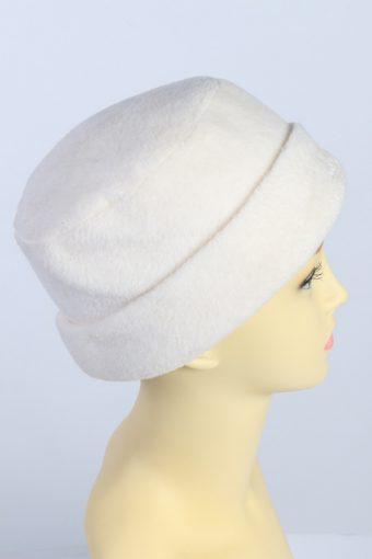 Vintage 1970s Fashion Womens Fleece Beanie Hat White HAT1315-126143